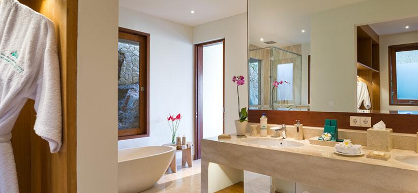 Pandawa Cliff Estate - Villa Markisa - Guest bedroom ensuite style