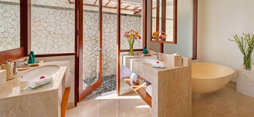 Pandawa Cliff Estate - Villa Rose - Ensuite bathroom two